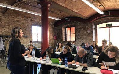 Come scrivono i giovani nell'epoca social?