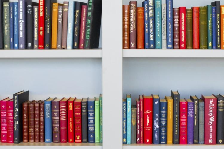 Self-publishing: vantaggi e svantaggi dell'auto pubblicazione
