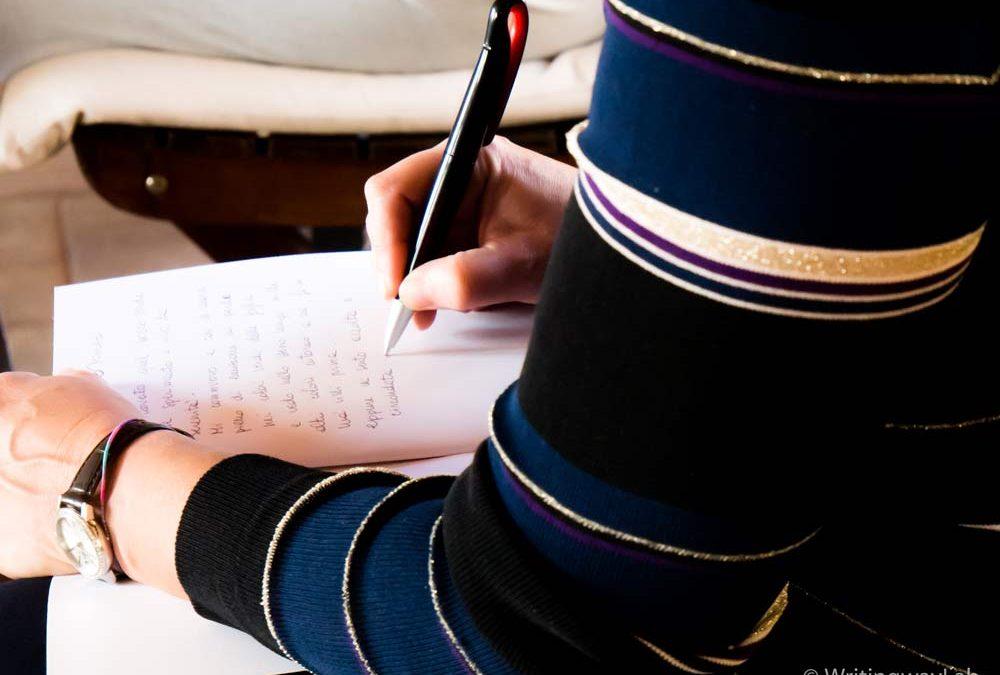 Scrittura a mano: i benefici di una pratica antica